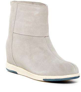 EMU Australia Alyssum Lo Genuine Sheep Fur Boot $129.95 thestylecure.com