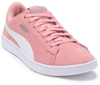 Puma Vikky v2 Suede Sneaker