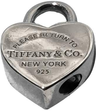 Tiffany & Co. & Co. Return To 925 Sterling Silver Heart Lock Opens/Closes Pendant