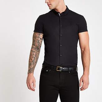 River Island Black poplin muscle fit short sleeve shirt