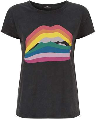 SET Rainbow Lips T-Shirt