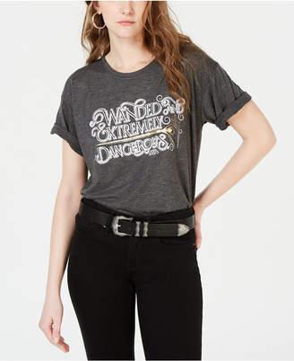 Modern Lux Juniors' Wanded & Dangerous Graphic T-Shirt