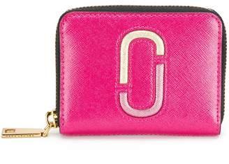 Marc Jacobs Snapshot zip around wallet