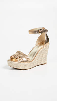 MICHAEL Michael Kors Bella Wedges