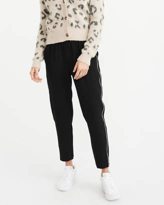 Abercrombie & Fitch Taper Crepe Pants