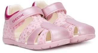Geox closed toe sandals