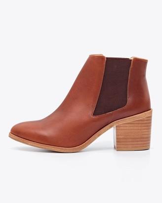 Nisolo Heeled Chelsea Boot Brandy