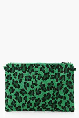 boohoo Coloured Leopard Ziptop Clutch And Chain
