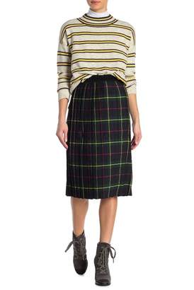 Romeo & Juliet Couture Plaid Pleated Skirt
