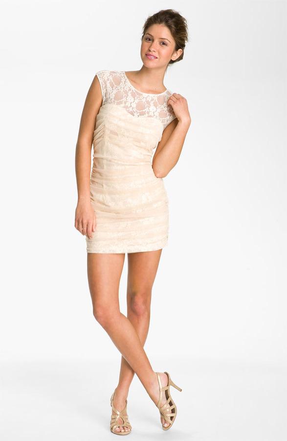 En Creme Lace Illusion Dress (Juniors)