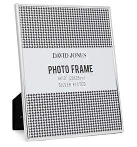 "David Jones {@@=Ist. Core. Helpers. StringHelper. ToProperCase(""Simple' Metal Photo Frame, 8 x10""/ 20 x 25 cm"")}"