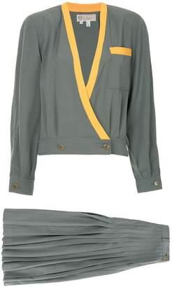 Gucci Pre-Owned Vintage logos setup suit jacket skirt