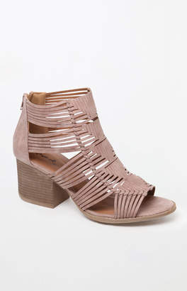 Qupid Strappy Thick Heel Sandals