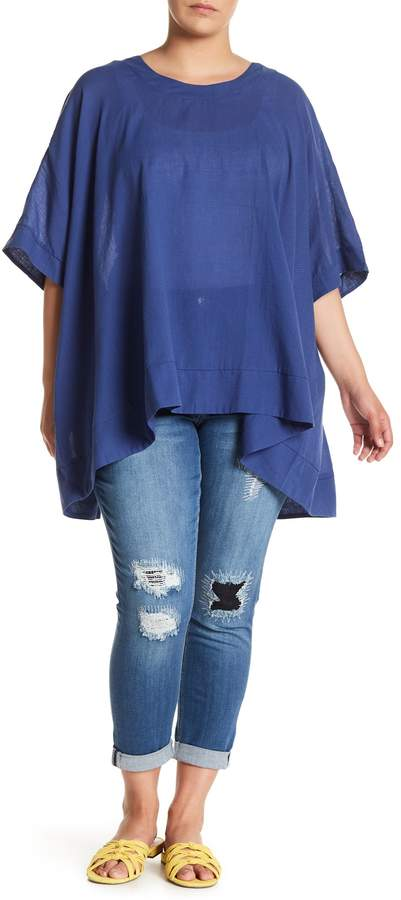 Button Back Boxy Tee (Plus Size)