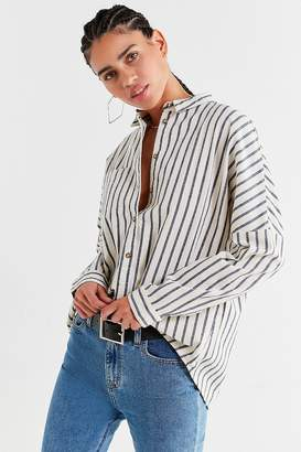 Urban Outfitters Relaxed-Fit Button-Down Shirt