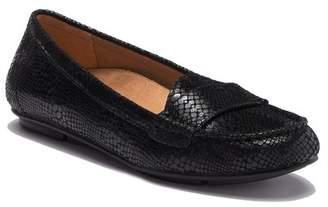 Vionic 356 Larrun Leather Loafer