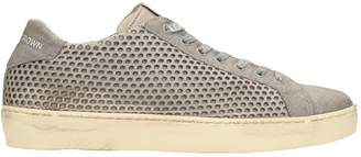 Leather Crown Low Sneakers Perforated Grey Leather