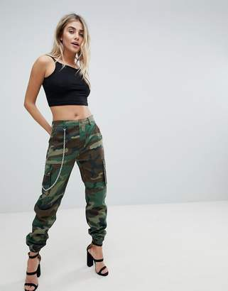 Missguided Camo Trouser With Chain