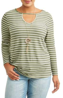 No Comment Plus Size V-Neck Top with Necklace Two-fer