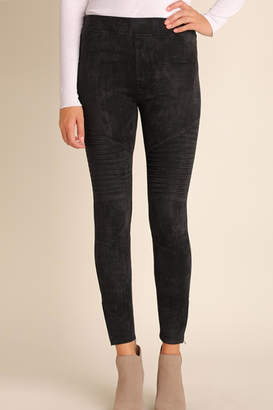 Umgee USA Suede Moto-Zipper Jeggings