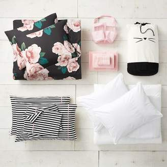 Pottery Barn Teen The Emily & Meritt Bed Of Roses Black/Blush Deluxe Move-In Bundle, Queen
