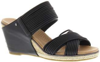 UGG Women's Hilarie sandals 6 M
