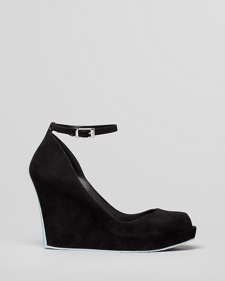Melissa Platform Wedge Pumps Patchuli V
