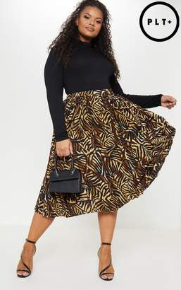 PrettyLittleThing Plus Brown Tiger Print Pleated Midi Skirt