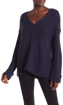 Vince Camuto V-Neck Long Sleeve Sweater
