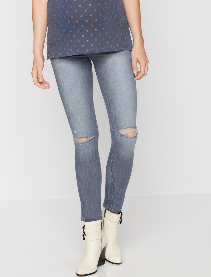 A Pea In The PodDl1961 Secret Fit Belly Ripped Maternity Jean