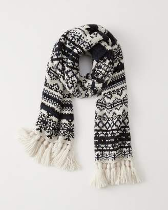 Abercrombie & Fitch Pattern Knit Scarf