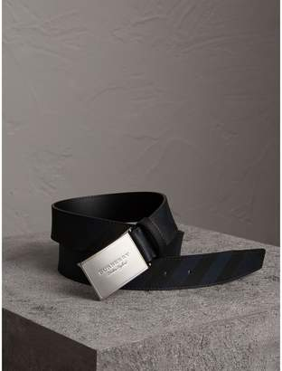 Burberry Plaque Buckle London Check and Leather Belt