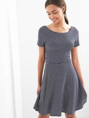 Gap Crossback fit and flare dress