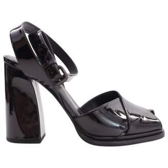 Bottega Veneta Patent leather sandal
