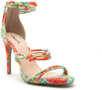 Qupid Womens Jealous-10 Heeled Sandals