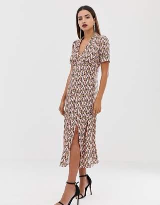 9c7746c8f07a Asos Design DESIGN geometric print midi tea dress