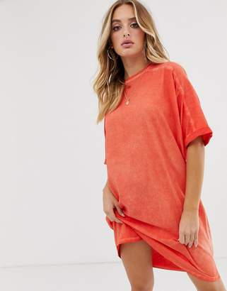 Asos Design DESIGN t-shirt dress with rolled sleeves and wash