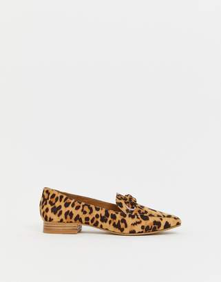 74167902a43 Asos Design DESIGN Mile flat shoes in leopard print
