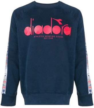 Diadora front logo sweater