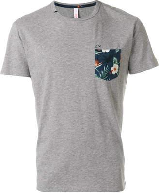 Sun 68 floral pocket T-shirt