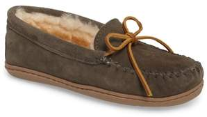 Minnetonka Genuine Shearling Hard Sole Moccasin Indoor/Outdoor Slipper