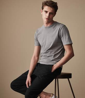 Reiss Our last order date for Christmas has now passed BERTIE Acid Washed T-Shirt Soft Grey