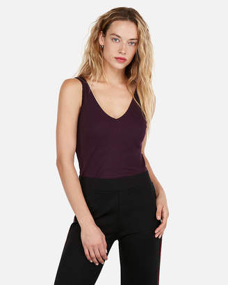 Express One Eleven Fitted Modern Rib Double V Tank