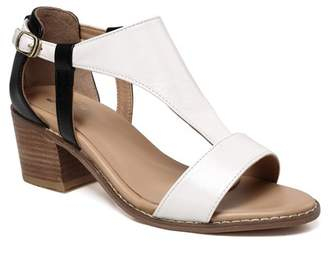 Vicenzo Leather Earlene Block Heel Leather Sandal