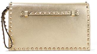 Valentino Garavani The Rockstud Metallic Textured-leather Clutch