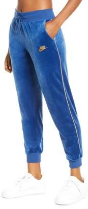 Nike Sportswear Heritage Velour Jogger Pants