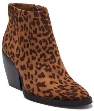 Madden-Girl Klicck Almond Toe Chunky Block Heel Ankle Boot