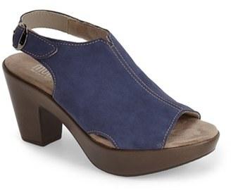 Women's Munro 'Kirsten' Slingback Sandal $174.95 thestylecure.com