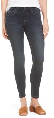 Women's Tommy Bahama Tema Stretch Skinny Jeans $135 thestylecure.com