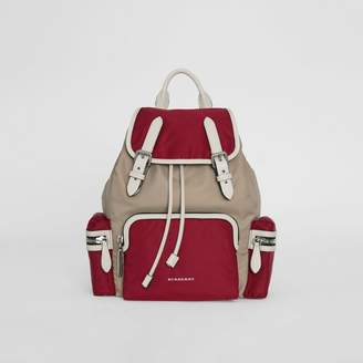 Burberry The Medium Rucksack in Colour Block Nylon and Leather, Red